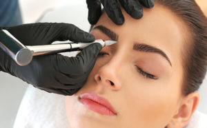 Plano area practice offers eyebrow shaping