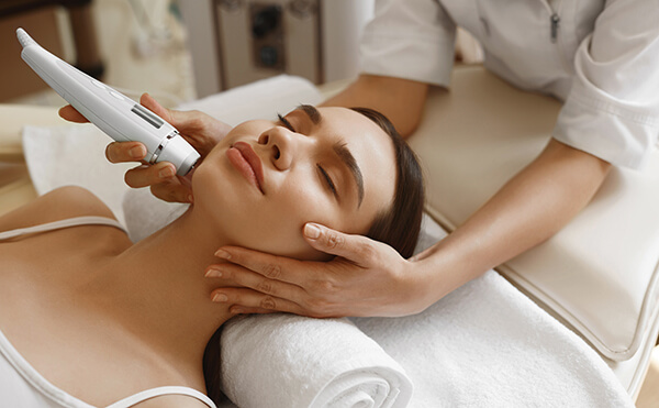 Plano, TX area dermatologists provide skin analysis and treatment
